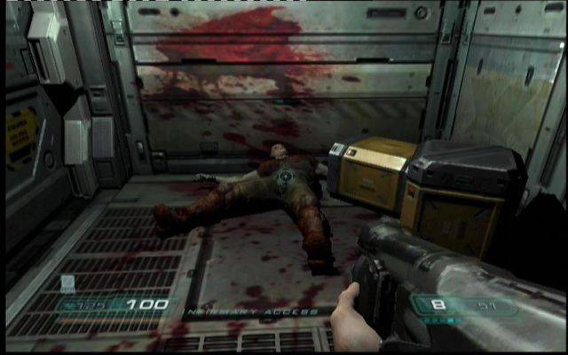 154018-doom3-xbox-screenshot-blood-and-death-play-a-big-part-in-this